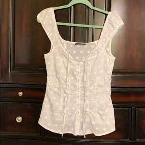 Nanette Lepore textured polka dot blouse 🤠